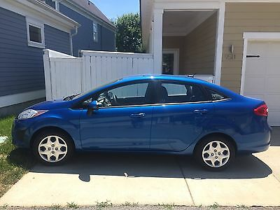 2011 Ford Fiesta SE 2011 Ford Fiesta SE - Super Clean and Affordable