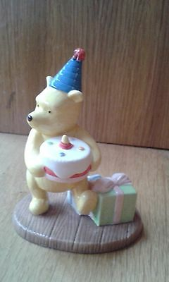 Royal Doulton Disney Winne the pooh collection presents and parties figurine