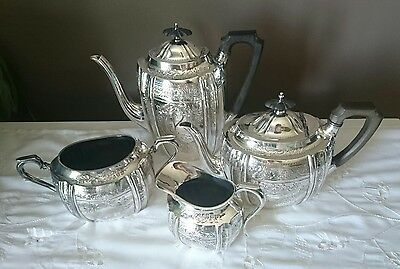 Walker & Hall Sheffield Silver Plated Tea Coffee Pot Creamer Sugar Dish Set
