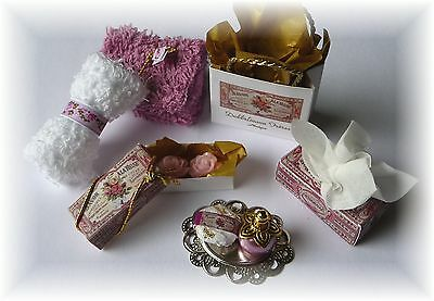 Kosmetikset 8 tlg. *La Rose * f. d. Puppenstube *Dollshouse Miniature