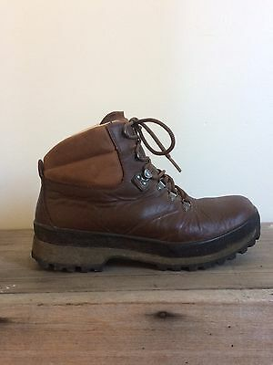 Berghaus Hiking Boots Ladies (Worn Once!) RRP $350 US Size 9