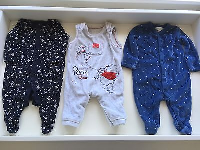 100+ items - Baby Boys Clothes Bundle. Size 0-3 months