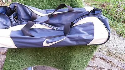 Nike Large Size Wheelie Cricket Kit Bag. Used. Good Condition.