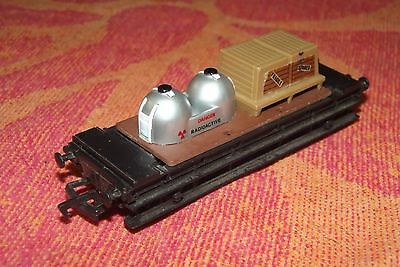 Mainline  Rolling Stock. FLAT BACK.  Load = Radioactive (silver) & Fragile boxes