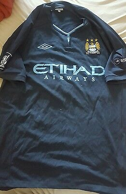 Maillot MANCHESTER CITY taille XL  UMBRO Europa League