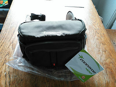 brand newVANGUARD 400 WAIST PACK BINOCULAR /CAMERA BAG. NATURALIST, BIRDWATCHER