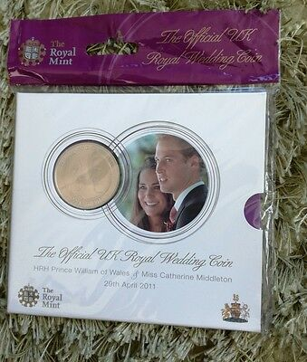 Royal Mint UK ROYAL WEDDING £5  COIN Crown New/Sealed-Prince William-Catherine