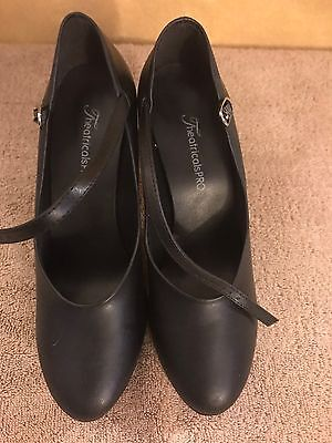 Women's Theatricals PRO Ballroom Dancing Shoes Size 9