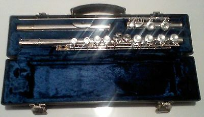 Blessing student concert flute in C and hard case recently serviced (new pads)