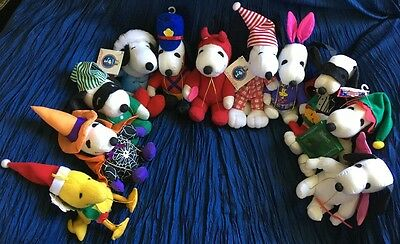 Lot Of 11 PEANUTS SNOOPY DOG & WOODSTOCK COLLECTIBLE STUFFED ANIMALS