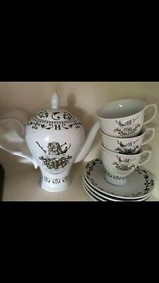 Hendricks Teapot And Matching 3 Cups And 4 Saucers