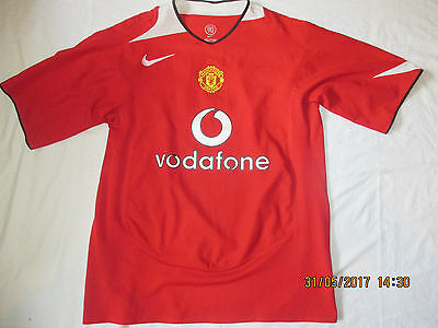 Very Rare Manchester United 2004 Vodafone Nike Football Shirt Jersey. Large