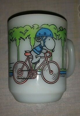 Vintage Snoopy Pedal Power Anchor Hocking Milk Glass Mug 1958 Schultz Usa