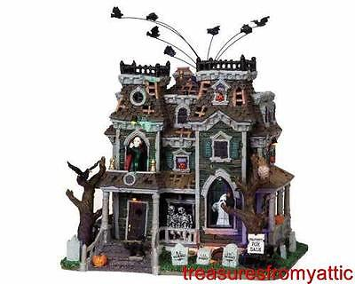 Lemax Spooky Town MORBID MANOR #95804 NRFB Halloween Lighted w/ SPQQKY Sounds