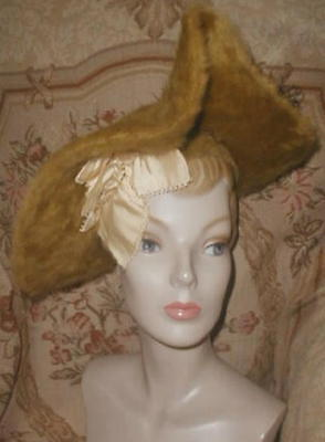 1905 Antique Belle Epoque Gold Beaverette Hat w Silk Ribbon Bow & Ostrich Plume