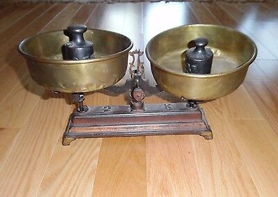 ANTIQUE CAST IRON Balance Merchant WEIGHING SCALE with BRASS PANS & WEIGHTS