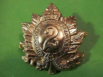WW2 Canadian The Queen's Own Rifles Of Canada Cap Badge