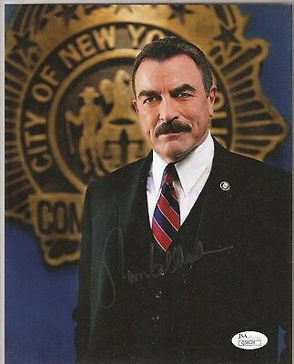 Tom Selleck Signed Blue Bloods 8X10 Autographed Photo JSA Certified