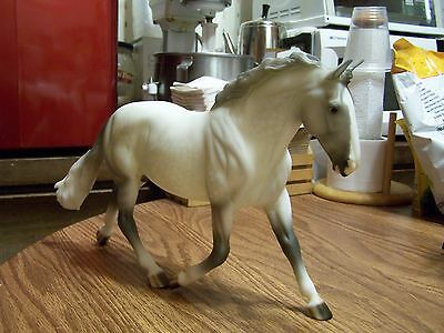 Breyer Horse Grey Drafter O'Leary's Irish Diamond Cleveland Bay