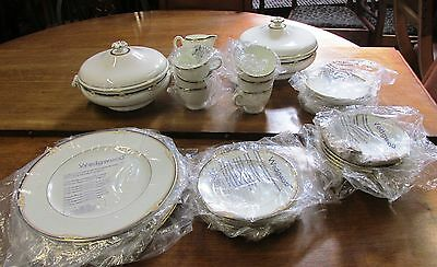 Wedgwood Cavendish NEW 6-dinner plates, cups,saucers,side plates,cereal,2 Tureen