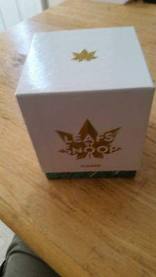 Snoop Dogg Autographed Leafs by Snoop Box
