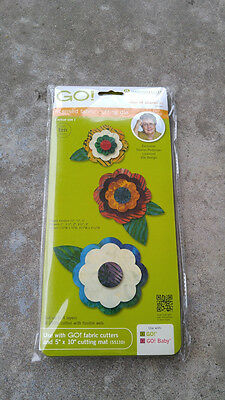 Accuquilt Go! Licensed Fabric Cutting Die #55045 Rose Of Sharon By Sharon