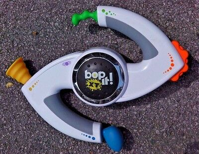 Bop It! Extreme/XT - White Edition - Electronic Game - Tested / Working