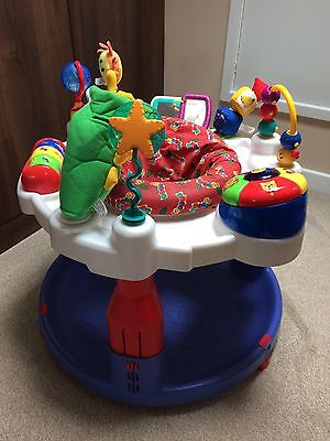 Graco - Baby Einstein Discover and Play activity play centre