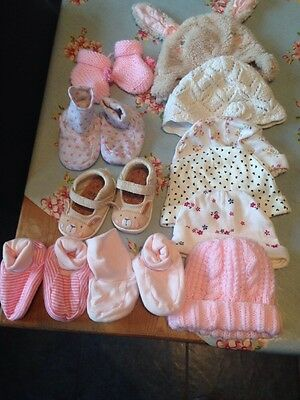 Baby Girls 0-3 Months Booties And Hats