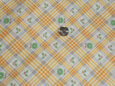 VINTAGE 40'sPRETTY TINY FLORAL YELLOW CHECK FEED SACK COTTON FABRIC UNUSED