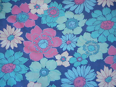 Unused vintage/retro 60's/70's bold floral cotton fabric - 1M lengths, blues