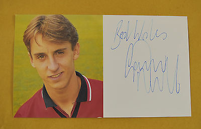 Gary Neville Signed Man Utd Official Club Card 1994-96