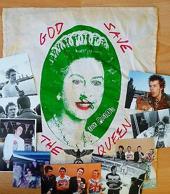 thE sex pistOLs  QuEEn  HANDKerChiEF 1976 PunK rOCk  sEDITIONAries 1977