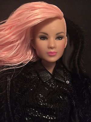 Fashion Royalty Integrity Toys Style Saviour Liu Liu Ling Doll