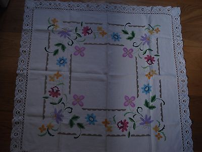 True vintage hand embroidered lace edge table cloth VGC