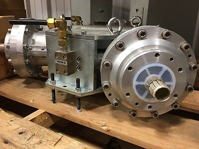 AFT MICROWAVE GmbH 3 port Water Cooled microwave circulator.