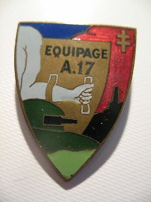 Equipage A17 - Insigne Infanterie Maginot - forteresse