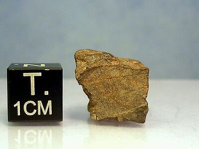 "Unclassified Meteorite NWA 4,6g weathered fragment cutfragment ""example piece"""