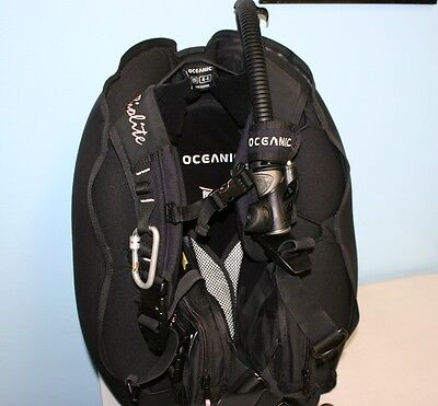 Oceanic scuba diving BCD  Biolite Womens  BC with  Inflator used good shape XS