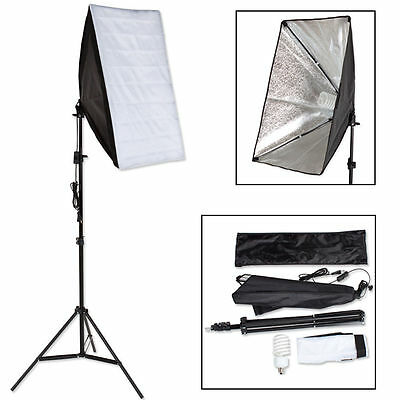 Photo studio lamp with tripod and carrying case