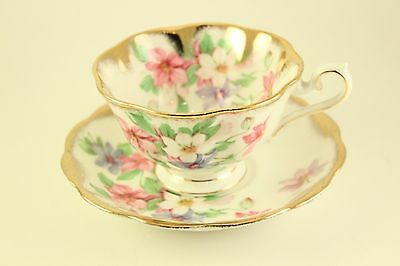Royal Albert Bone China Purple Pink Violets Flower Gold Tea-Cup Saucer Plate Set