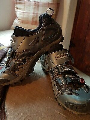 specialized mountain bike shoes