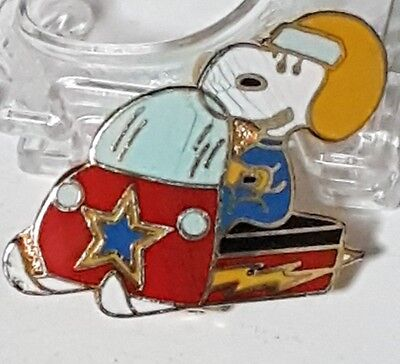 Vintage Peanuts Snoopy Pin - Snoopy on a snowmobile Pin! 1960s