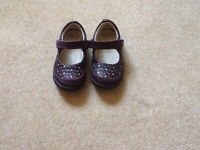 Clarks girls leather first shoes 'Ida'. Size 5.5F purple colour