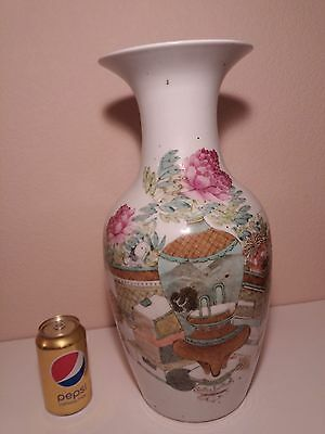 """Chinese Qian jiang Very Large Vase with """" Hundred Antiques Motif """""""