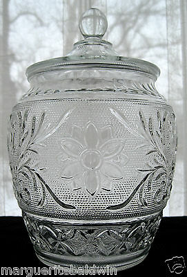 """Anchor Hocking Glass Clear Sandwich 9 1/2"""" Canister Biscuit Cookie Jar & Cover"""