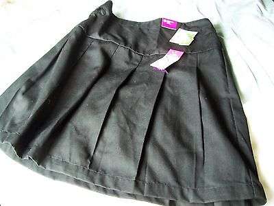 NUTMEG  Black Pleated School Skirt Age 11 to 12  Years BNWT