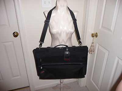 TUMI-luggage nwt $395 tri-fold carry-on garment bag jet New With Tags, LOCK