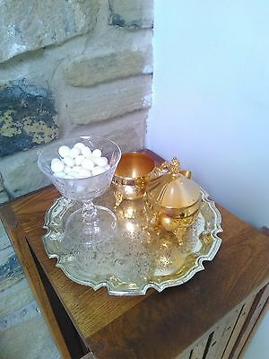Round vintage silver plated decorational tray, Cavalier Giftware LTD of England