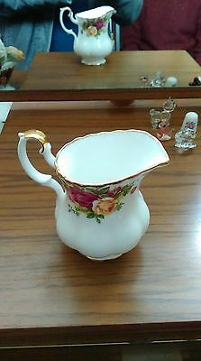 Royal Albert Old Country Roses 1962 Milk / Cream Jug Mint Condition